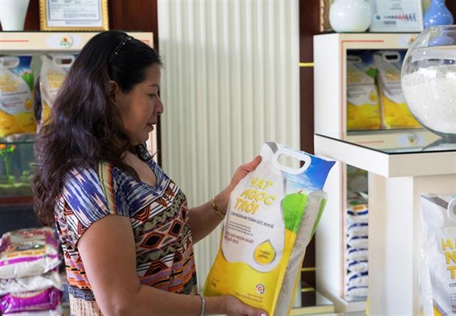Hai nhãn hàng gạo Hạt Ngọc Trời đứng đầu danh mục gạo đóng gói